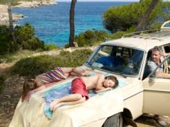 Tidur atas kereta