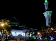 Masjid Al-Azim Melaka bandar bersejarah.