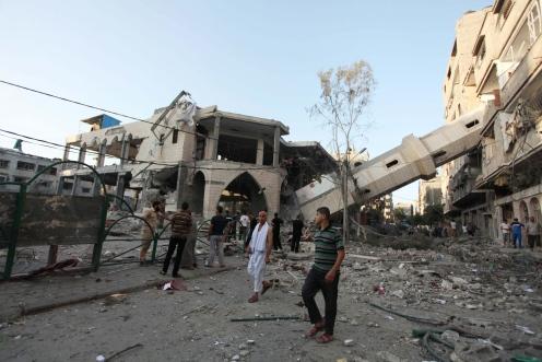 Israeli airstrikes hit El Suusi Mosque