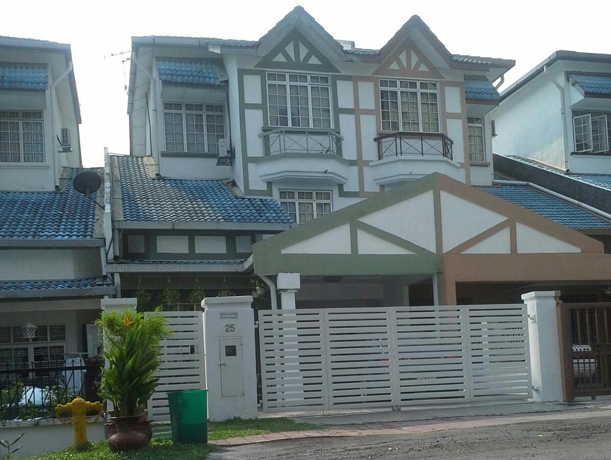 Tajas Homestay di Shah Alam Selangor