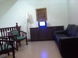 Tajas Homestay - Ruang Keluarga/ TV untuk permaian video